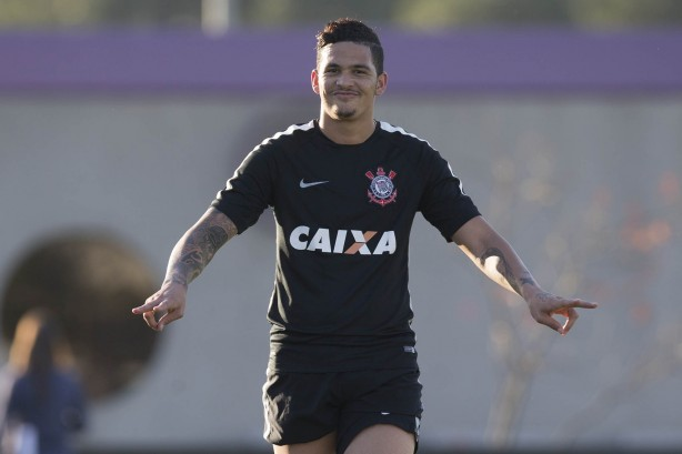 Luciano no treino do Corinthians
