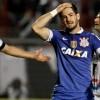 Alexandre Pato lamenta gol perdido