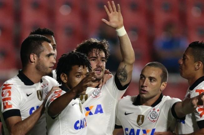 Brasileir�o 2013: Corinthians 1x0 Crici�ma