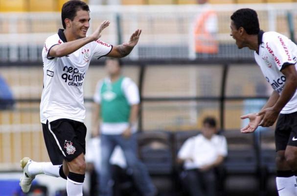 Paulist�o 2011: Corinthians 3x1 Santos