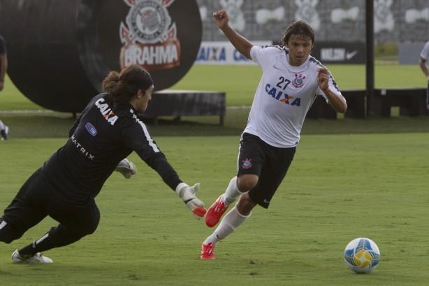 Corinthians vence jogo-treino com Gr�mio Osasco com dois gols de Romero