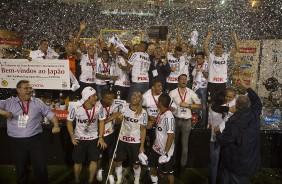 Saiba por onde andam os campe�es da Libertadores de 2012