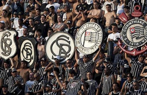 O Corinthians tem 51 mil s�cios torcedores adimplentes