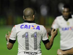 Gol de Guerrero! Corinthians abre o placar contra o Bahia em Mogi-Mirim